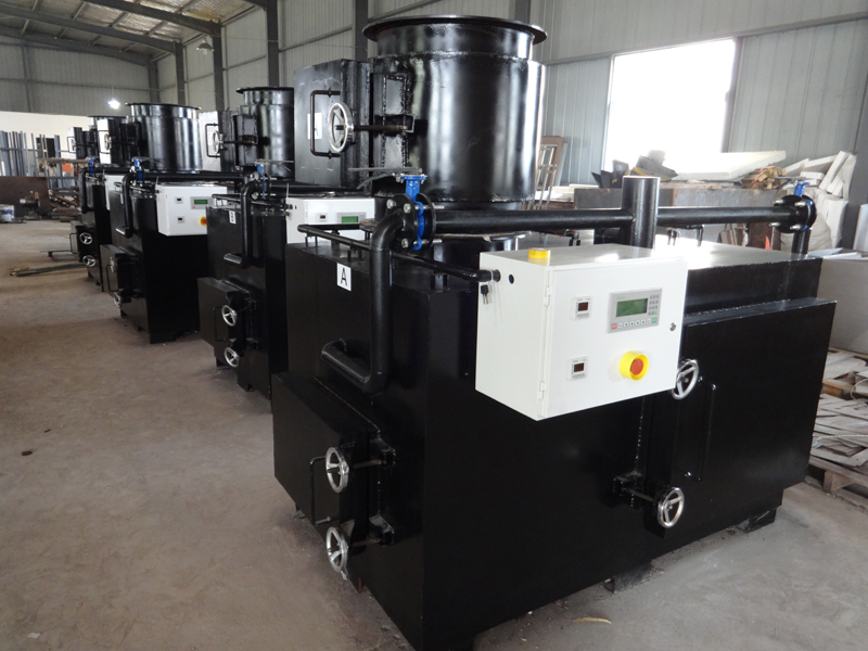 Controlled air medical waste incinerator designed for incineration of bio-medical waste